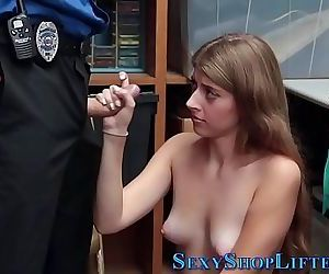 Reality shoplifter blows 8 min 720p