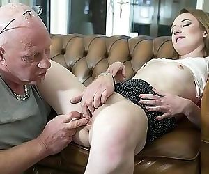 Old man fingers his online date pussy for the first time and she cums 10 min 1080p
